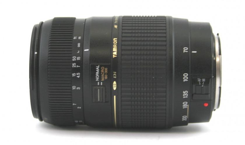 Tamron 70-300mm 1:.0-5.6 Di LD Macro