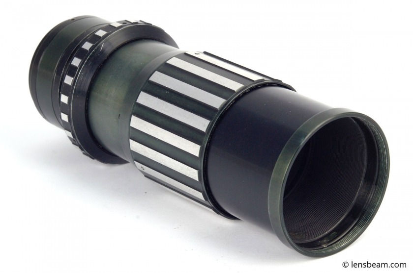 Focusing helicoid for mount large format lenses on medium and 35mm format cameras